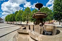 Kašna na náměstí Dr. E. Beneše v Jirkově