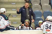 Trenér Miroslav Buchal zažil vítěznou premiéru, která znamená i play off pro Piráty.