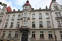 Budova Chomutovského soukromého gymnázia je nyní téměř prázdná. V září sem již studenti chodit nebudou.