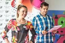 Jedna z účastnic castingu Miss Face, který se konal v obchodním centru Chomutovka.