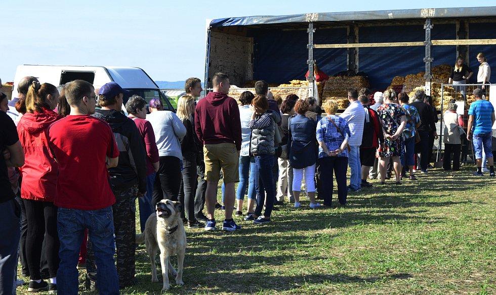 Slavnosti cibule přilákaly do arealu Račetic tisíce lidí.