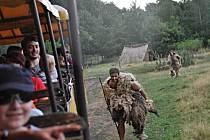 PRAVĚCÍ LIDÉ, ANDĚLÉ, ČERTI, VODNÍCI. To a ještě více viděli ti, kteří o víkendu zamířili na pohádkové safari do zooparku.