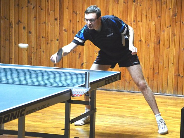 Jan Rödling na snímku, přispěl v posledních dvou zápasech k výhře KST Jirkov A šesti body.