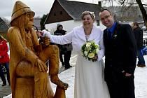 Svatba na rybníce v Březenci.
