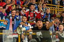 Chomutovští fanoušci na zápase s Kadaní.