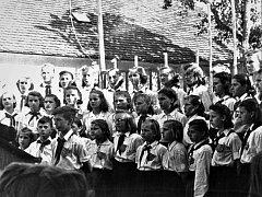 V dalším dílu našeho seriálu vás zavedeme do historie základní umělecké školy v Jirkově.