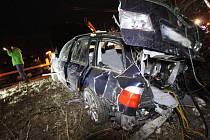 Nehoda na silnici I/13 pod Březeneckou.
