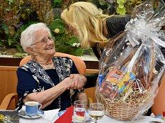 Františka Votavová z Jirkova oslavila 102. narozeniny.