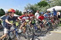 Projekt Na kole kolem Komína Dětského domova Vysoká Pec chce posadit děti do sedel a umožnit jim výlety