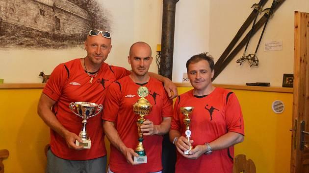 Vítěz putovního poháru družstvo Boleboře, zleva Milan Kohout, Jaroslav Hrubec a Jaroslav Švarc.