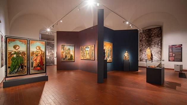 Od úterý 11. května můžete opět navštívit Oblastní muzeum v Chomutově. Můžete se těšit na novou výstavu Krušnohoří/Erzgebirge – Umění pozdního středověku, která je pořádána Ústeckým krajem ve spolupráci s Oblastním muzeem v Chomutově.