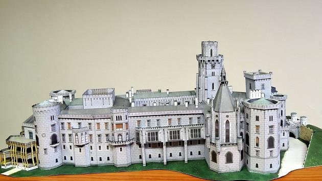 Jedním z modelů je zámek Hluboká.