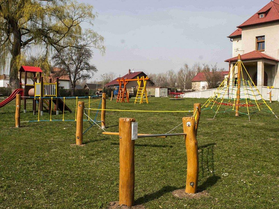 Nové hřiště ve strupčické školce.