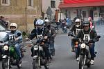 Majitelé kozích dechů, fichtlů a mopedů závodili v jízdě do vrchu.