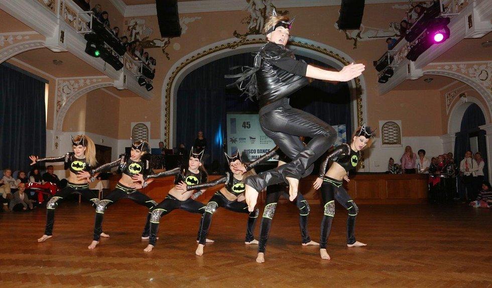 Soutěž v disco dance v rámci zimní olympiády dětí a mládeže. Konala se v chomutovském divadle.