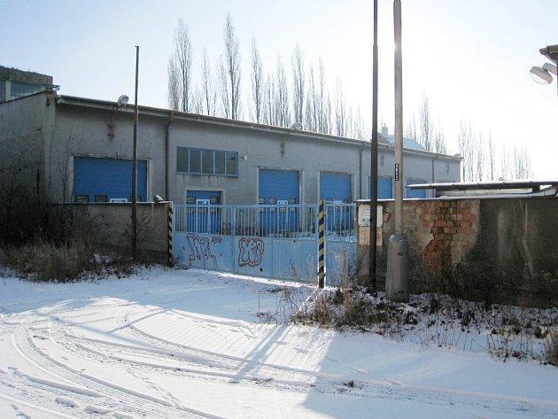 Areál v Tovární ulici.