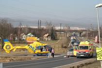 Seniorku srazilo auto v Otvicích.