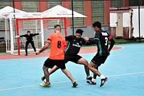 Také třetí letní futsalová liga už skončila. Do finálového turnaje postupují týmy Sunderland a Inferno.
