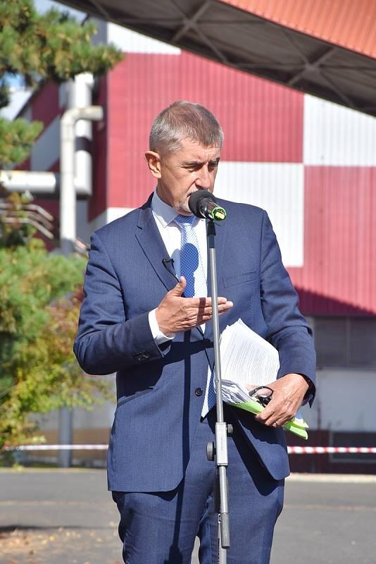 Bývalou elektrárnu v Prunéřově, místo které by mohla vzniknout gigafactory, navštívil premiér Andrej Babiš.