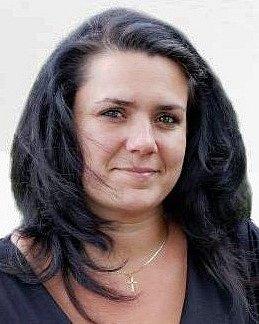 Eva Bártová - KSČM, 37 let, jednatelka.