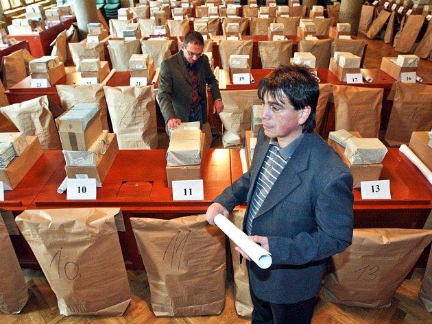 Přípravy k volbám do Evropského parlamentu. Ilustrační snímek.