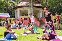 """1. ročník dobrovolnického festivalu """"DobroFest""""."""