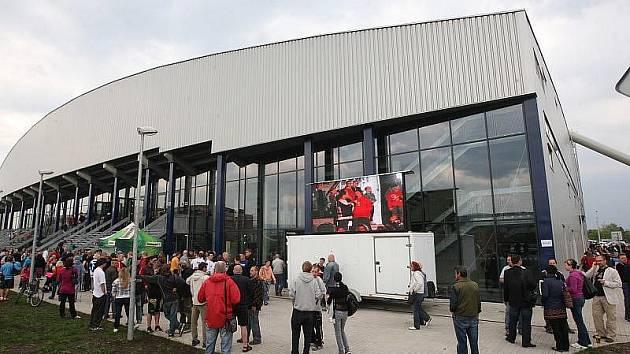 Nový zimní stadion.