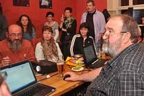 """PRO Chomutov ve své """"baště"""" - kavárně Café Rouge."""