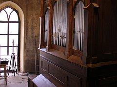 Varhany jsou obnovené díky solidaritě věřících, ale také místních a příznivců z okolních měst. O obnovu varhan i kostela se zasloužila také obec Otvice.