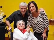 Eva a Vašek zazpívali své největší hity seniorům v Kadani. Část publika dojali až k slzám.