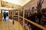 Komponovaný pořad a výstava fotografií Miroslava Rady k 30. výročí revoluce v kulturním domě v Klášterci