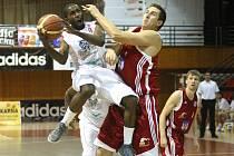 Basketbalisté Chomutova s přehledem převálcovali Svitavy