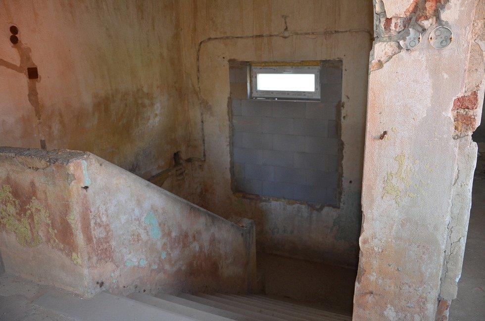 Původní zadní schodiště.