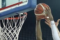 Chomutovské ženy se chystají na nejvyšší basketbalovou soutěž.