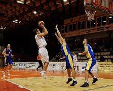 Chomutovští basketbalisté svůj tým omladili.
