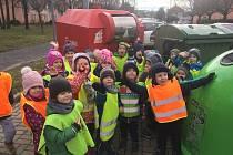 Mateřská škola v Chomutově při plnění úkolu Recyklohraní.