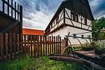 Zoopark Chomutov začíná nabízet ubytování ve Skanzenu Stará Ves
