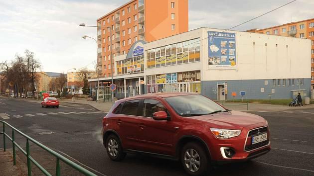 Křižovatka ulic Kapitána Jaroše, Poštovní a 1. máje v Kadani