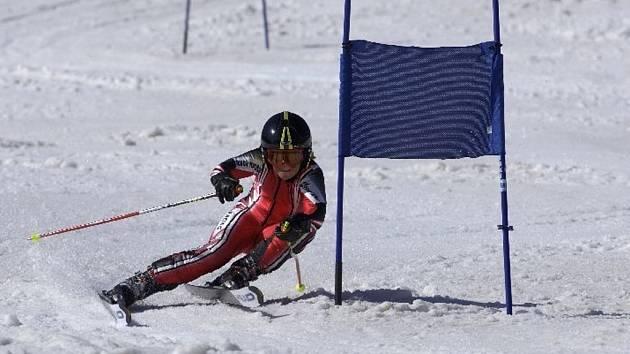 Chomutovská lyžařka Bára Straková úspěšně zakončila letošní lyžařskou sezonu.