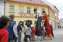 Nejvíc se na Kludského ulici v Jirkově bavily děti.