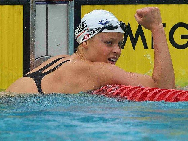 Chomutovská plavkyně Simona Baumrtová