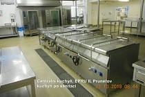 Velkokapacitní kuchyň v prunéřovské elektrárně.