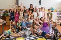 Pátek byl pro všechny školou povinné koncem letošního školního roku 2018/2019 a nejinak tomu bylo i pro žáky 3. ZŠ Na Příkopech v Chomutově.