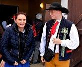 Spousta návštěvníků z Čech i Německa se přišla podívat na šlapání a přípravu zelí na zimu.