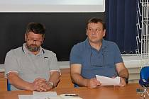 Hlavní vyšetřovatel František Macek a šéf chomutovských kriminalistů Ljuben Goranov