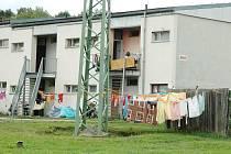 TADY BUDE KLID. Oko kamery se nově zaměří i na problémový dům, na jehož obyvatele si stěžují starousedlíci z okolních domků.