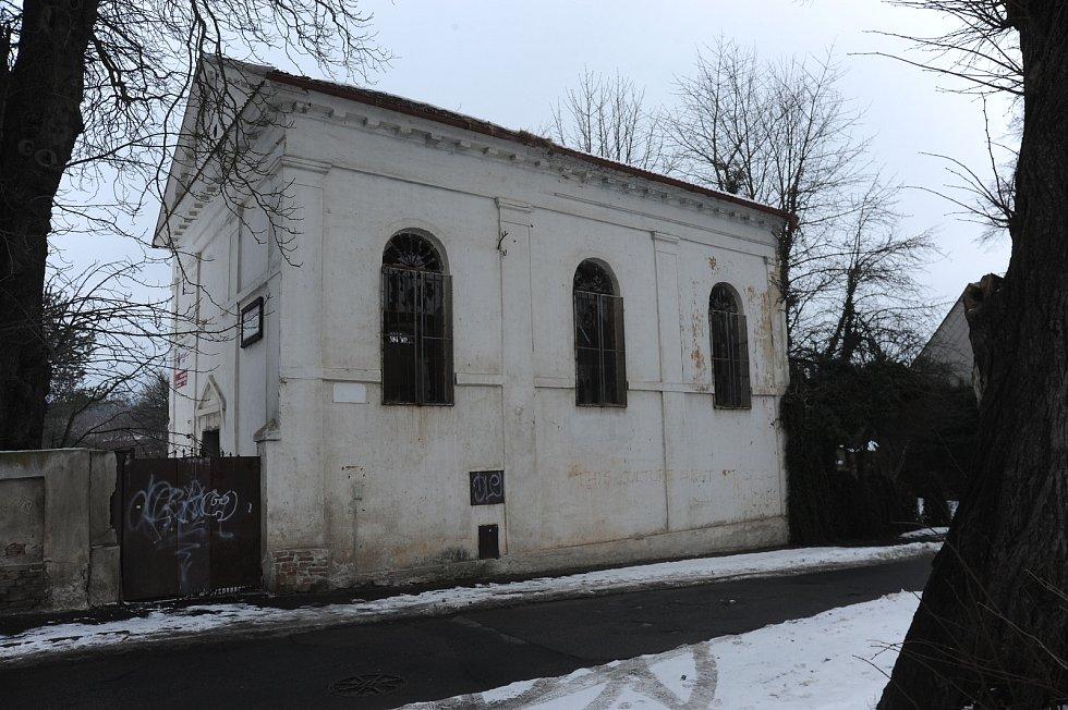 Jirkovská synagoga na archivním snímku
