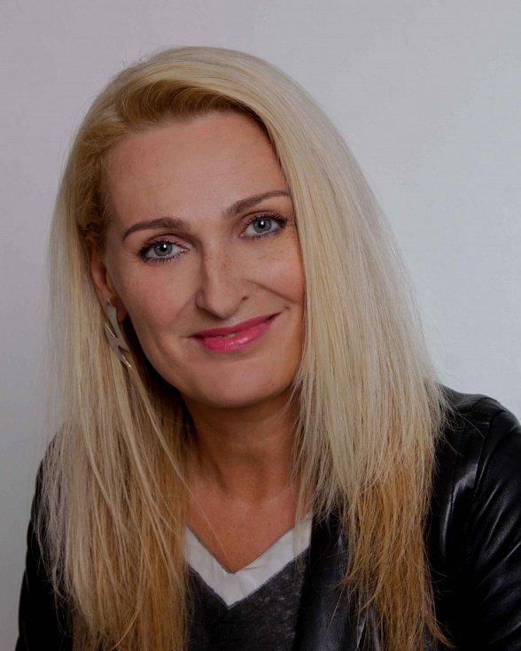 Dana Jurštaková - ODS, 53 let, místostarostka.