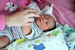 Lukáš Rabas se narodil mamince Kláře Rabasové a tatínkovi Tomášovi Rabasovi z Kadaně 1.7.2019 v 16:07 hodin. Měřil 50 cm a vážil 3,94 kg.