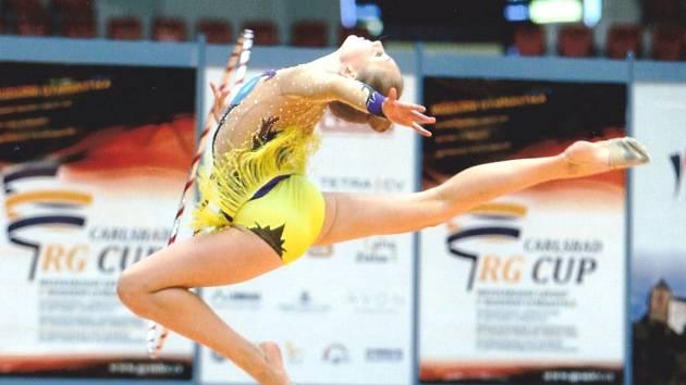 Mezi úspěšné moderní gymnastky Chomutova patří Adéla Poláchová na snímku